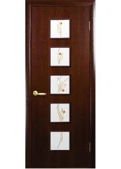 Межкомнатная дверь Квадра Фора со стеклом сатин и рисунком Орех