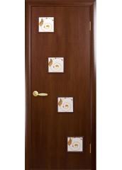 Межкомнатная дверь Квадра Ронда со стеклом сатин и рисунком Орех