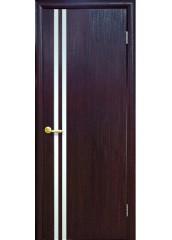 Межкомнатная дверь Квадра Вита с зеркалом венге DeWild
