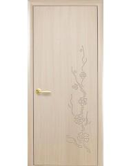Межкомнатная дверь Колори Сакура глухое с гравировкой Ясень