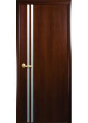 Межкомнатная дверь Квадра Вита с зеркалом Орех